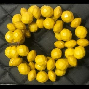 Yellow beaded bracelet, elastic to fit everyone